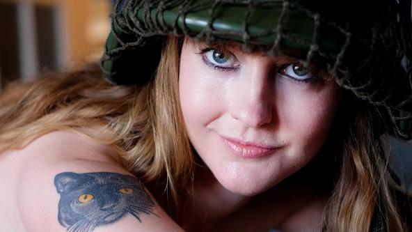 Suicide Girls Hopeful Set with viellaviva  Siterip Siterip RIP