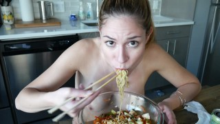 ManyVids Ashley Alban: Ramen Mukbang  Siterip Clip XXX