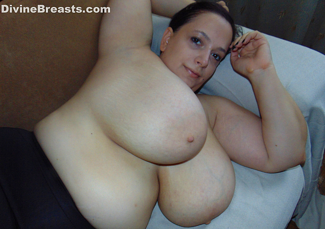 DivineBreasts Mia Sweetheart Soft Pillow Boobs  SITERIP BBW.XXX Divinebreasts