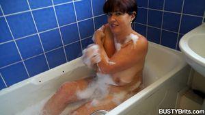 BUSTYBRITS Juicey Janey VIDEO 8:37 mins December 07, 2016  Siterip VIDEOSET FULL HD h.264 Audio AAC