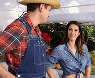 Real Wife Stories The Farmer's Wife – Eva Lovia – 1 December 22, 2016 Brazzers Video 1080p MULTIMIRROR 1920×1080 h.264