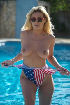 Girlfolio Danielle Stars And Stripes  IMAGESET XXX.RIP