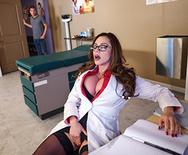 Doctor Adventures Doctor, I Cheated On My Girlfriend - Ariella Ferrera - 1 January 26, 2017 Brazzers Video 1080p MULTIMIRROR 1920x1080 h.264 Siterip