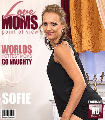 Love-Moms Horny mom fucks in POV style  [SITERIP VIDEO h.264 2016]