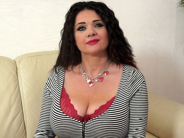 SCORELAND Natasha Stuffs Her Bras – Natasha Sweet  Video X264 XXX.RIP by Score
