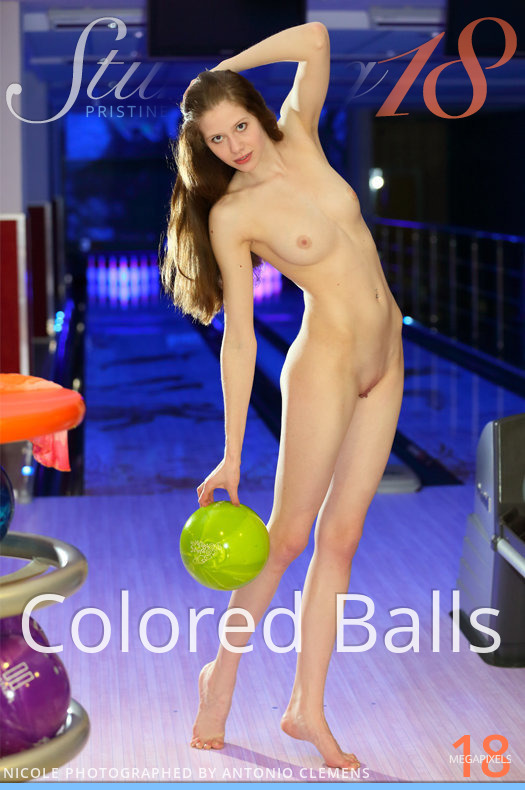 Stunning18 Colored Balls  [IMAGESET FULLHD SITERIP 4000px ] Siterip