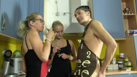 Reife Swinger Deutsche Porno Blondinen Hardcore bei Dreier gefickt  SITERIP Video H.264