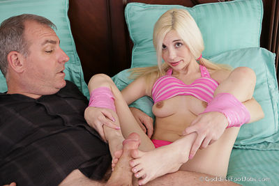 Clips4Sale Couples New Playtoy – WMV (HD/720p) #FOOTJOBS  Footjobs & Foot Play  Siterip Amateur XXX