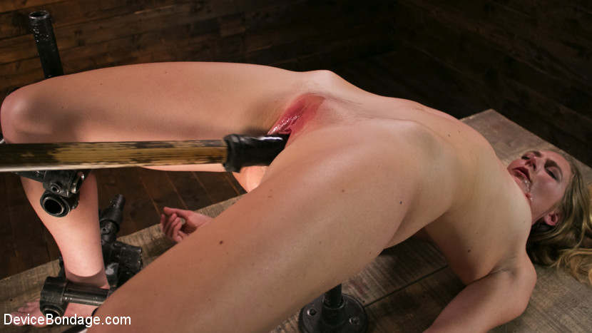 devicebondage One Bad-Ass Bitch – Mona Wales May 4, 2017 Siterip BDSM Kink.com