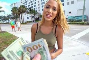 Selena Sosa – Miama Latina Goes Straight for Cash  SITERIP1080p wmv HD 1920×1000