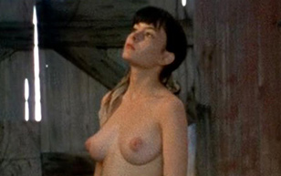 MrSkin Leslie Orr's Breasts & Buns in The Manson Family  Siterip Videoclip