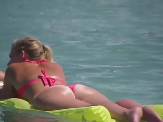 YourVoyeurVideos  Sexy ass girl in floating air mattress PaysiteRip VoyeurXXX Siterip