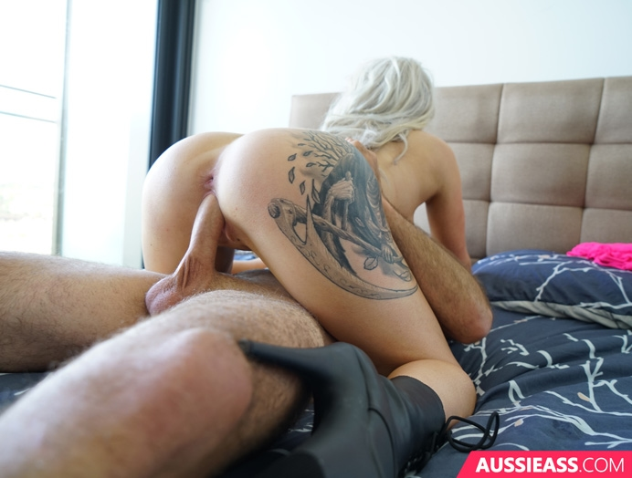 Aussie Ass 413 The cutest blonde and her perfect boobs  Siterip Video 720p  mp4