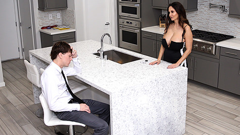 Spyfam SpyFam presents My Stepmom Is My Valentine featuring Ava Addams posted February 12, 2018  Video 720p x264 mp4