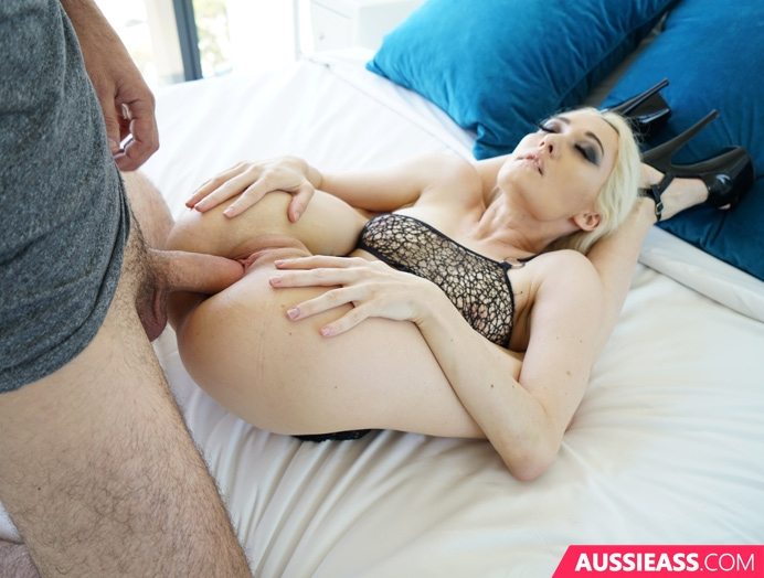 Aussie Ass 418 Lunch time sex  Siterip Video 720p  mp4