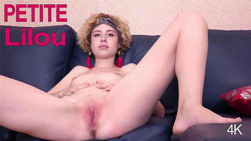GirlsoutWest Lilou – Petite  Video  Siterip 720p mp4 HD