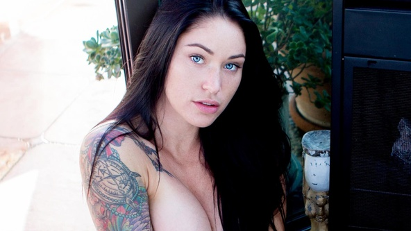 Suicide Girls Set of the day with maeve  Siterip