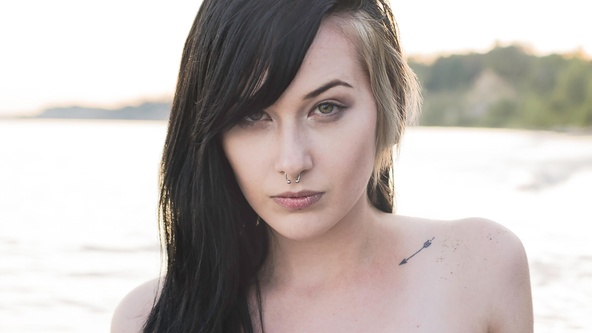 Suicide Girls Set of the day with obsidian  Siterip
