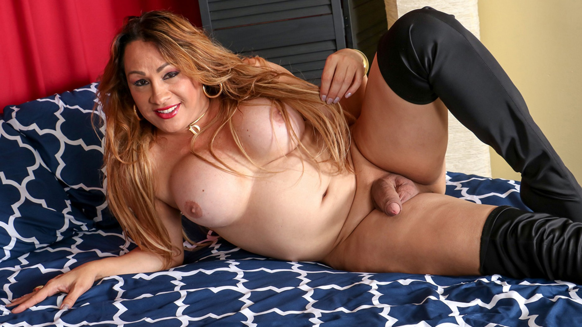 TGirl40 Lovely Dayana Hot In Black!  Shemale XXX WEB-DL Groobynetwork Siterip RIP