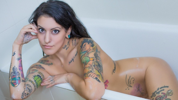 Suicide Girls Set of the day with souffle  Siterip