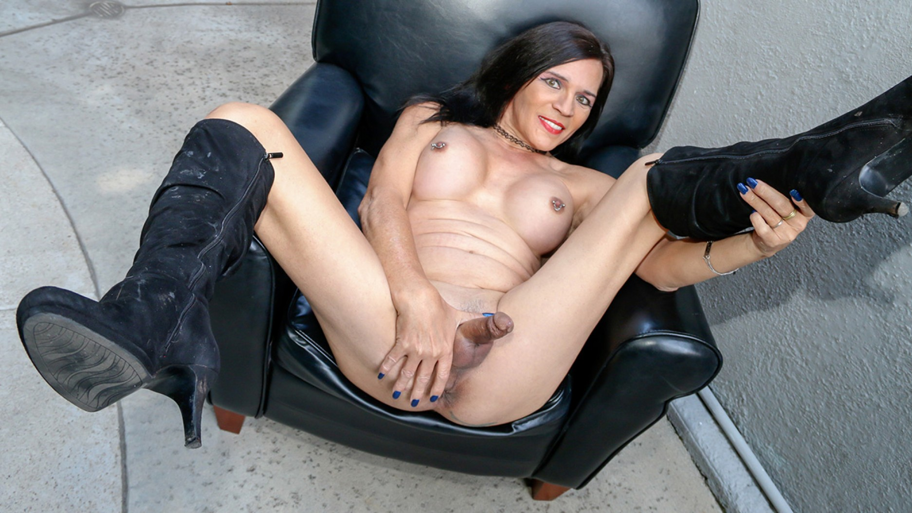 TGirl40 Behold The Luscious Jacquie Blu!  Tranny XXX Siterip Groobynetwork Siterip RIP