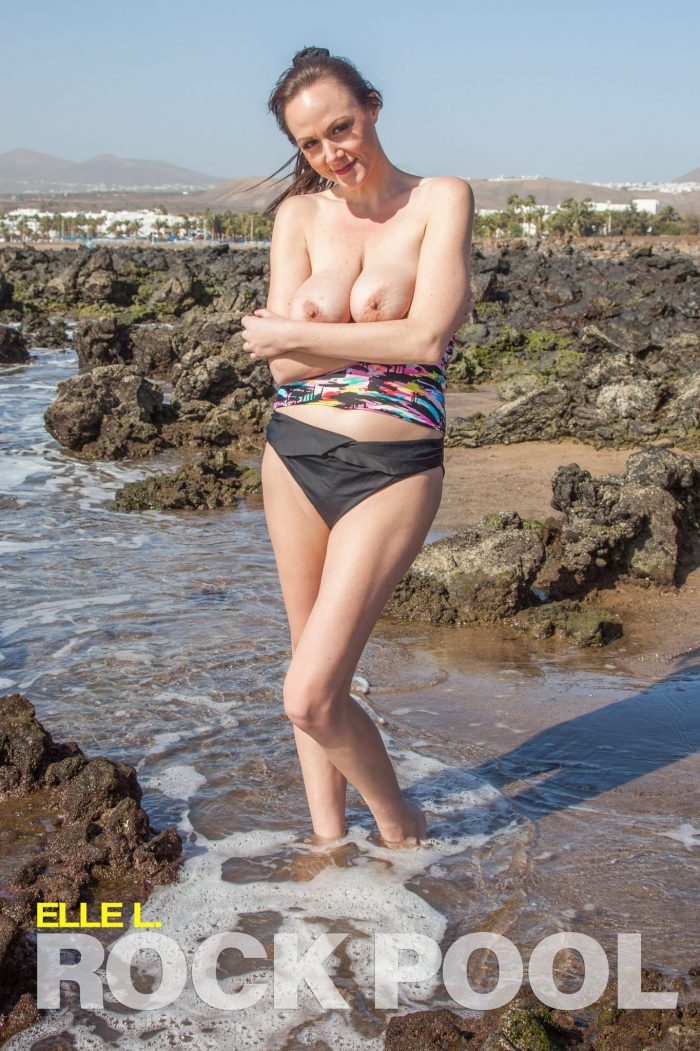 Realbikinigirls Rock Pool  SITERIP Photoset Collectors Edition 4000px Siterip RIP