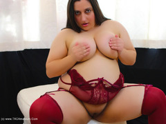TacAmateurs KimberlyScott – Burgundy Suspender Teddy Pt2 Photo Album  [IMAGESET/Videoclip Amateur ]