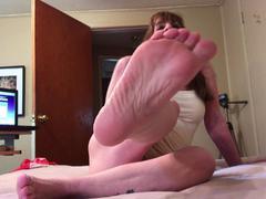 TacAmateurs CougarBabeJolee – Bare Feet Cum Worship HD Video  [IMAGESET/Videoclip Amateur ]