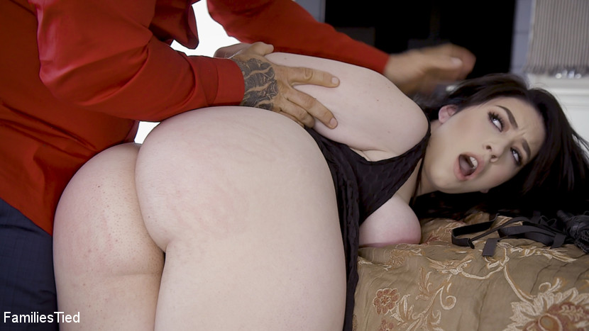 Kink.com familiestied 18 Year Old Busty Rich Brat Amilia Onyx Brought to Heel  WEBL-DL 1080p mp4
