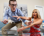 Brazzers Exxtra The Pageant Queen – Athena Palomino – 1 June 14, 2018 Brazzers Siterip 2018