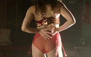 MrSkin Jade Tailor's Panty Clad Seat in The Magicians  WEB-DL Videoclip