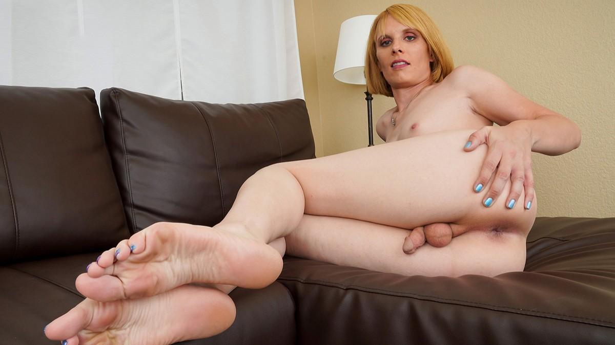 Groobygirls Meet Sexy Amy Nowell!  Tranny XXX Siterip