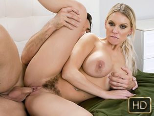 Titty Attack Kenzie Taylor in Tits In The Tub  Teamskeet WEB-DL 2018 mp4