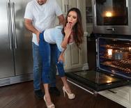 Milfs Like it Big Mother Daughter Mix Up – Ariella Ferrera – 1 September 20, 2018 Brazzers Siterip 2018