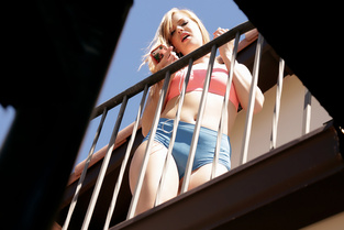 Pervs On Patrol Dolly Leigh – Window Watcher Gets His Wish  [MOFOS NETWORK SITERIP 1080p mp4]