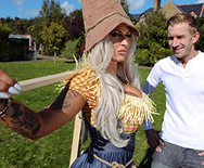 Brazzers Exxtra Sex With The Scarecrow – Brooklyn Blue – 1 November 05, 2018 Brazzers Siterip 2018