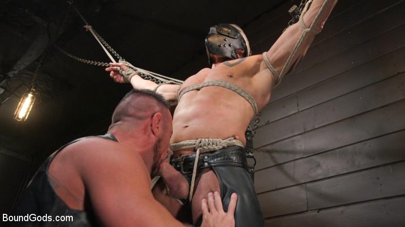Kink.com boundgods Serve Your Master: Michael Roman Shows Dallas Steele Who's In Charge  WEBL-DL 1080p mp4