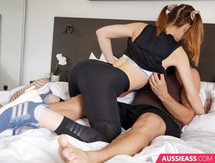 Aussie Ass 456 Using her hall pass  Siterip Video 720p  mp4