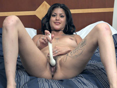 WeareHairy.com Daniela Flor masturbates in bed with her massager  Video 1089p Hairy Closeup