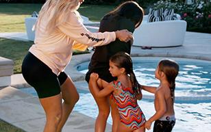 MrSkin Kourtney Kardashian Shows Her Cheeks Off in the latest Keeping Up with the Kardashians  Siterip Videoclip