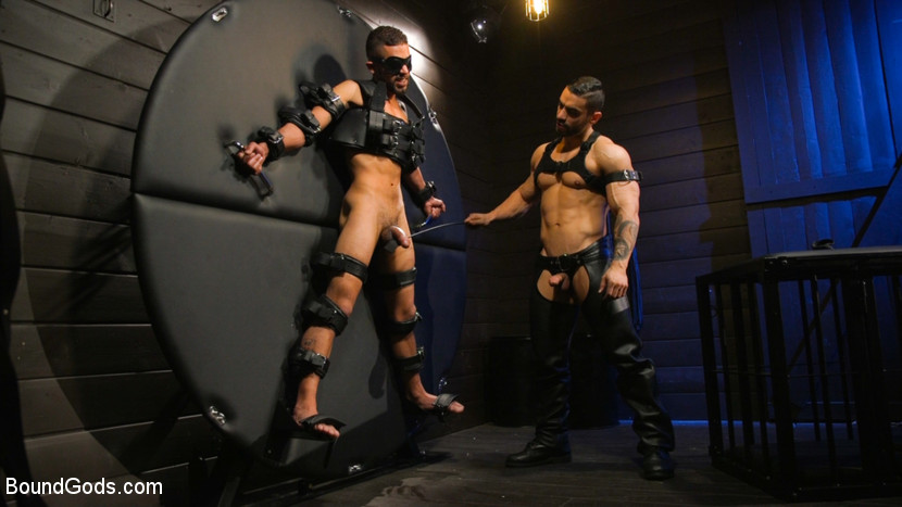 Kink.com boundgods Arad's New Boy: Ricky Daniels Serves The House  WEBL-DL 1080p mp4