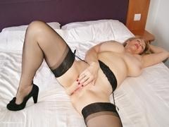 TacAmateurs Sugarbabe – Spread Pussy Photo Album  [IMAGESET/Videoclip Amateur ]