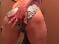 TacAmateurs CougarBabeJolee – Pee In My Satin Panties HD Video  [IMAGESET/Videoclip Amateur ]