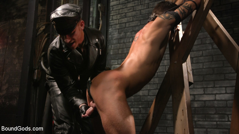 Kink.com boundgods A Hard Place: Casey Everett Tormented And Fucked In Full Suspension  WEBL-DL 1080p mp4