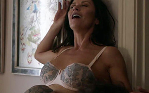 MrSkin Watch Catherine Zeta-Jones' Latest Scene in Queen America  Siterip Videoclip