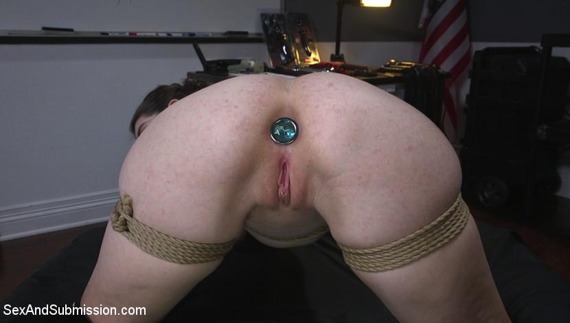 Kink.com sexandsubmission The Sneaky Slut  WEBL-DL 1080p mp4