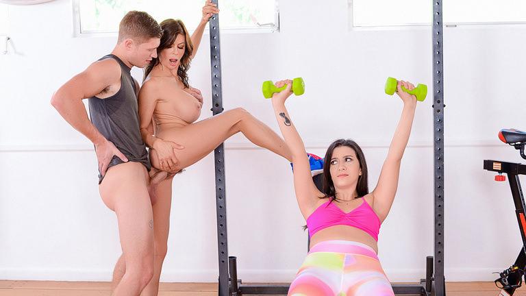 Moms Bang Teens Moms Home Gym – Alexis Fawx  [SITERIP Realitykings.com 720p MP4]