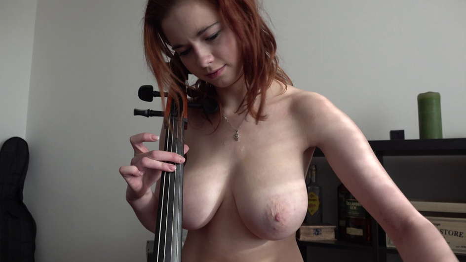 Czechstreets 18 y/o virtuoso with DDD tits  Siterip Multimirror CzechAV 720p h.264