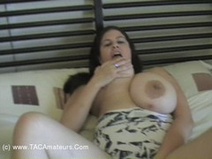 TacAmateurs DeniseDavies – Bedroom Pt3 HD Video  [IMAGESET/Videoclip Amateur ]