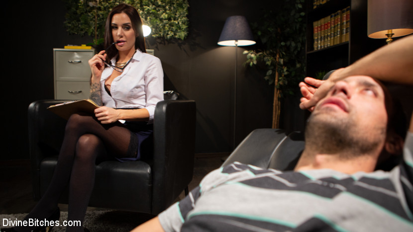 Kink.com divinebitches Divine Therapy: Gia DiMarco Uses Unconventional Procedures to Punish  WEBL-DL 1080p mp4